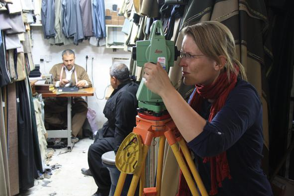 Surveying in the eastern Qaisariya – the tailors' Qaisariya, 2012.