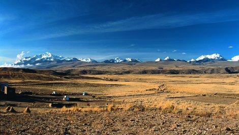 Andean altiplano near Curahuara de Carangas.