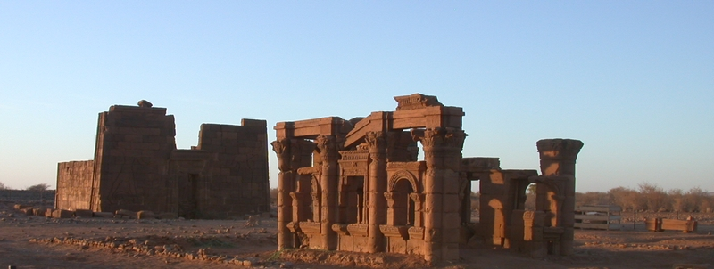 Chapel of Hathor (right) and Lion temple (left).